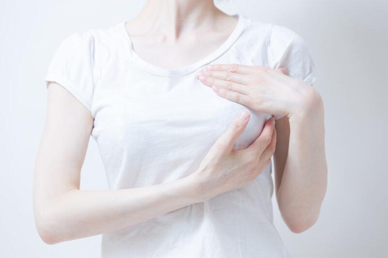 月に一度のセルフチェックで、乳がんのしこりを見逃さない!