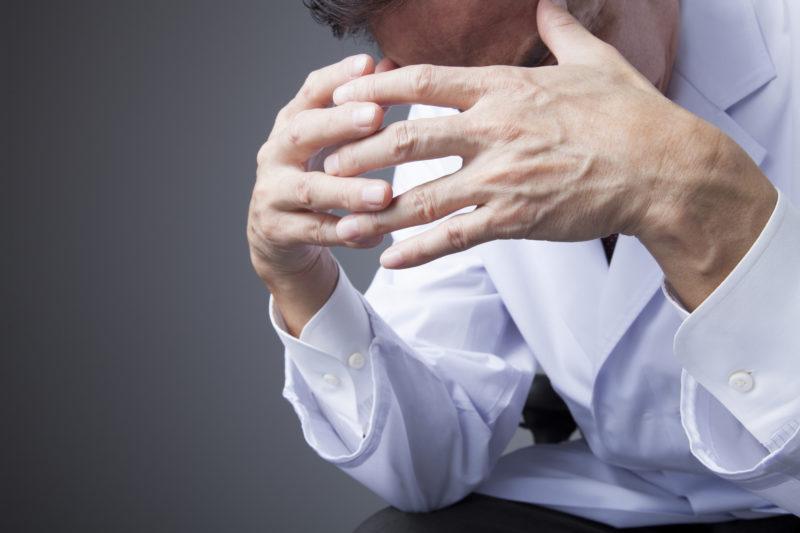 ① 新型コロナ禍で患者の減少が止まらない。